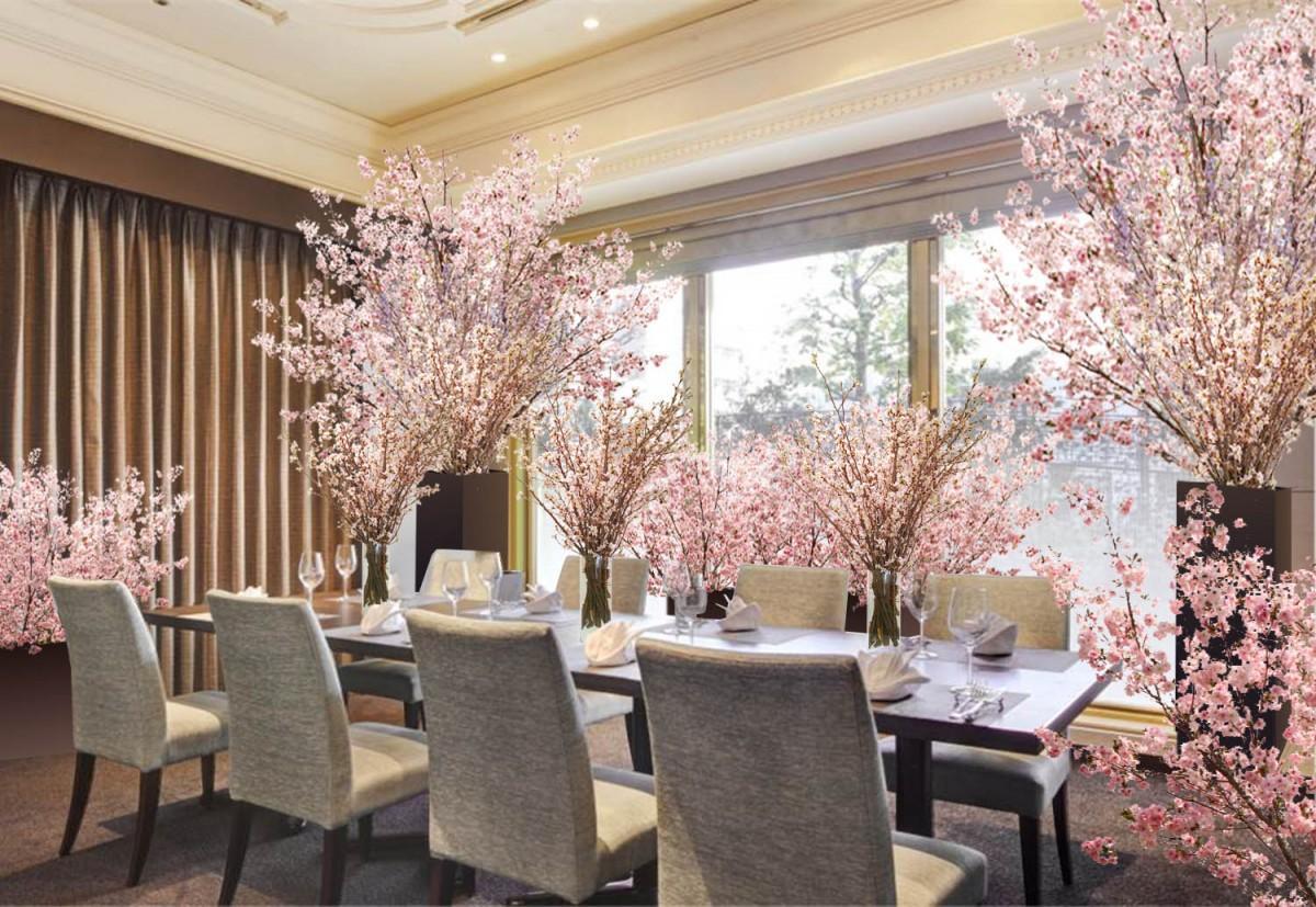 コース料理と桜をイメージしたカクテルを含めたフリードリンクがセットのプランが楽しめる、特設「SAKURAルーム」