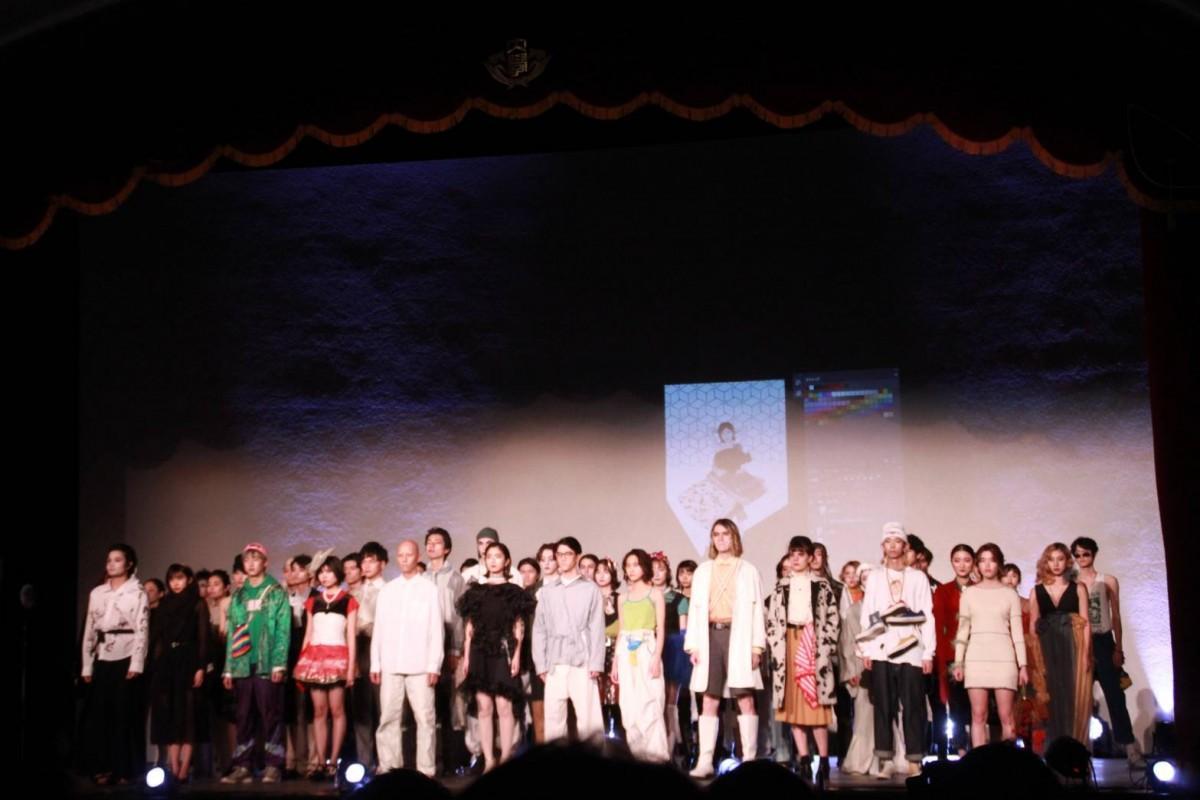 """昨年開催されたファッションショー「ENJI 8th Fashion Show """"re-creation""""」の様子"""