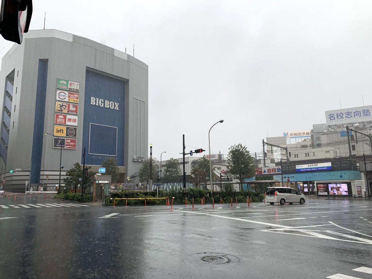 高田馬場駅周辺の様子