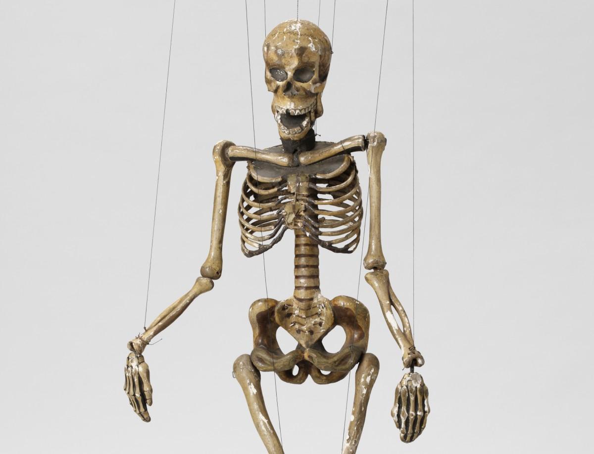 エンパク「人形劇、やばい!」で公開する「ダーク式糸あやつり 骸骨」
