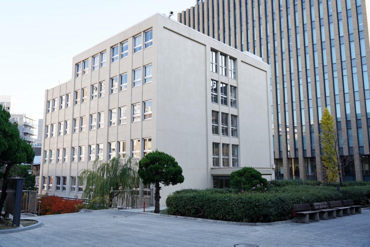改修し「村上春樹ライブラリー」となる予定の早稲田大学早稲田キャンパスの4号館