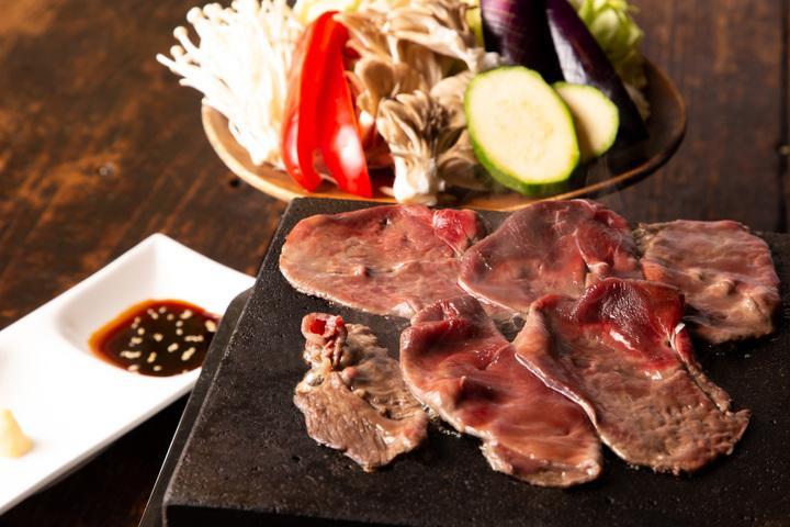 「米とサーカス 高田馬場本店」が提供する北海道産エゾ鹿の肉