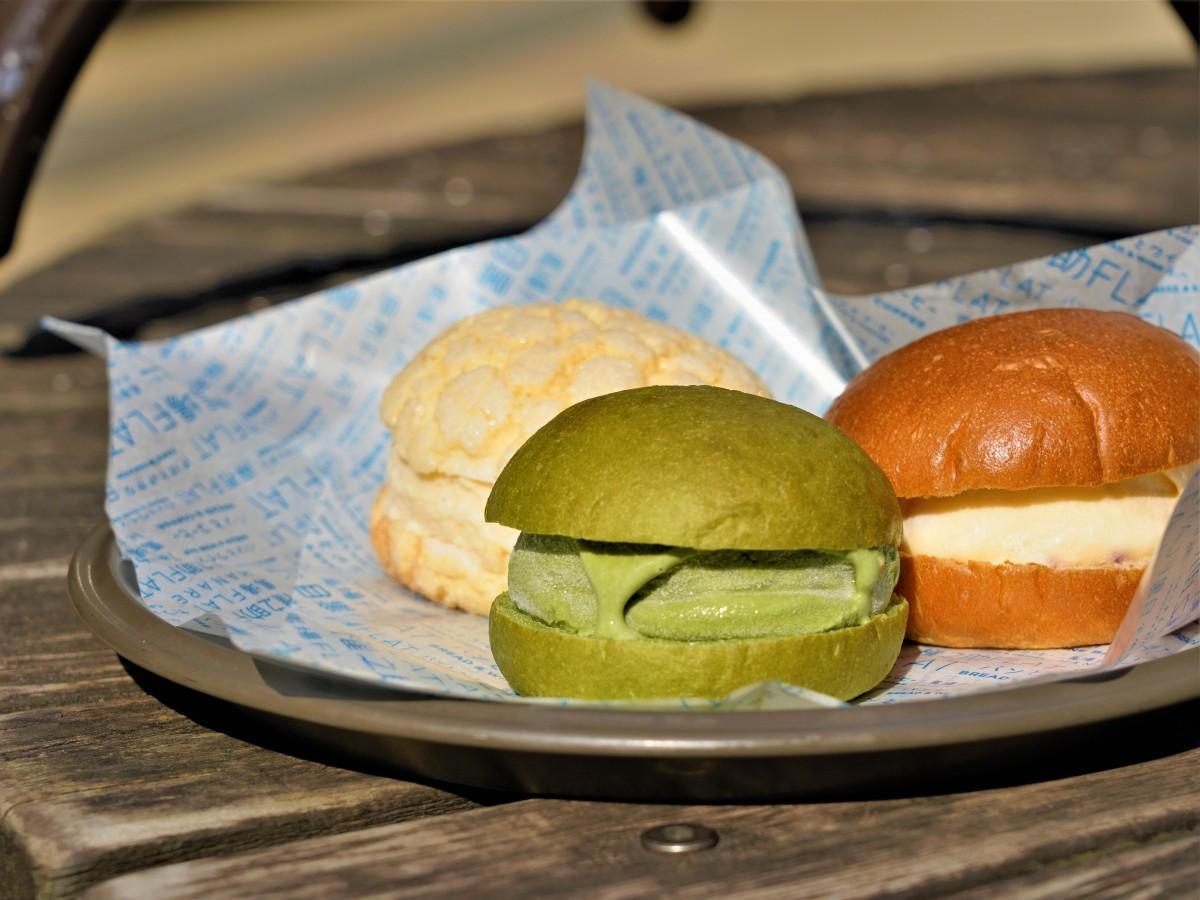 「馬場FLAT」の自家製パンアイス3種