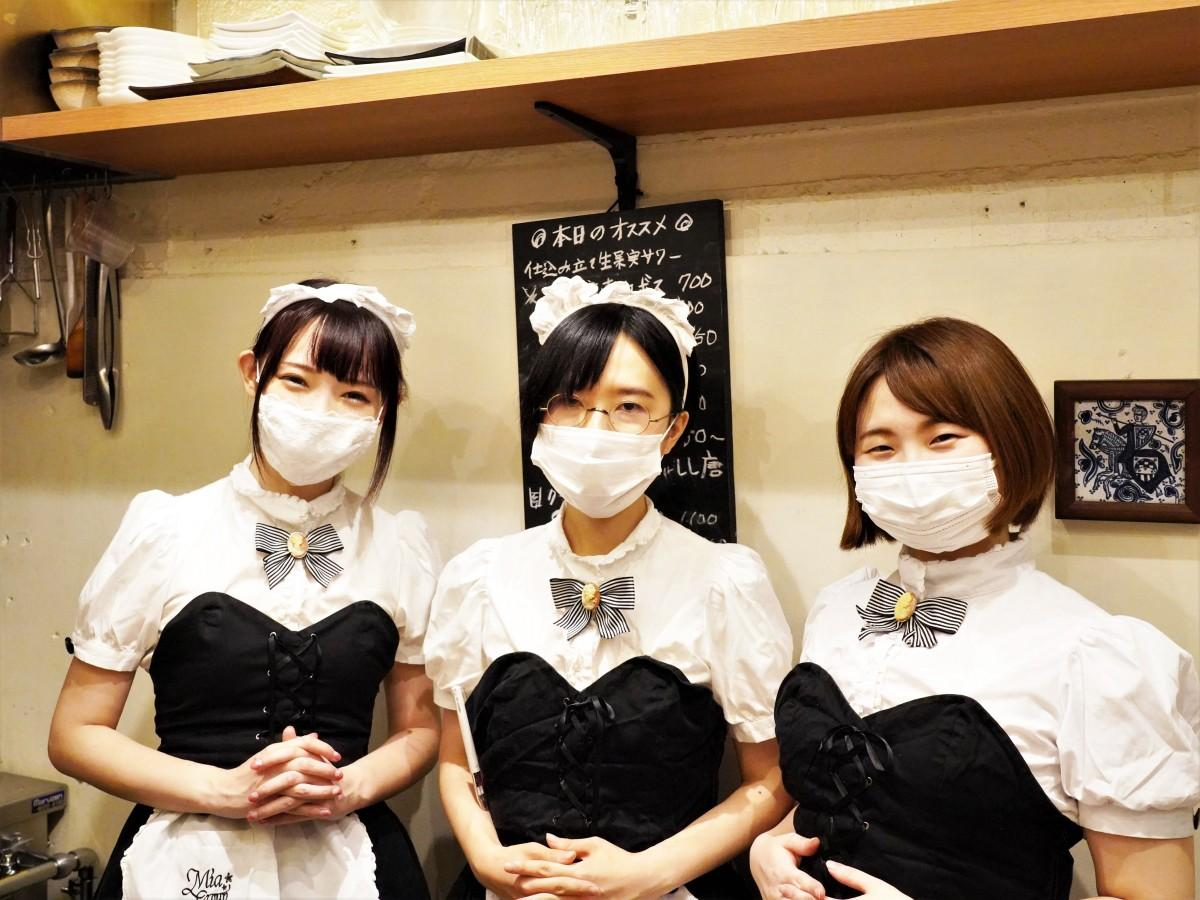 「ミアカフェ!in高田馬場」(8月30日営業)みれいさん、はやおさん、はるさん(左から)