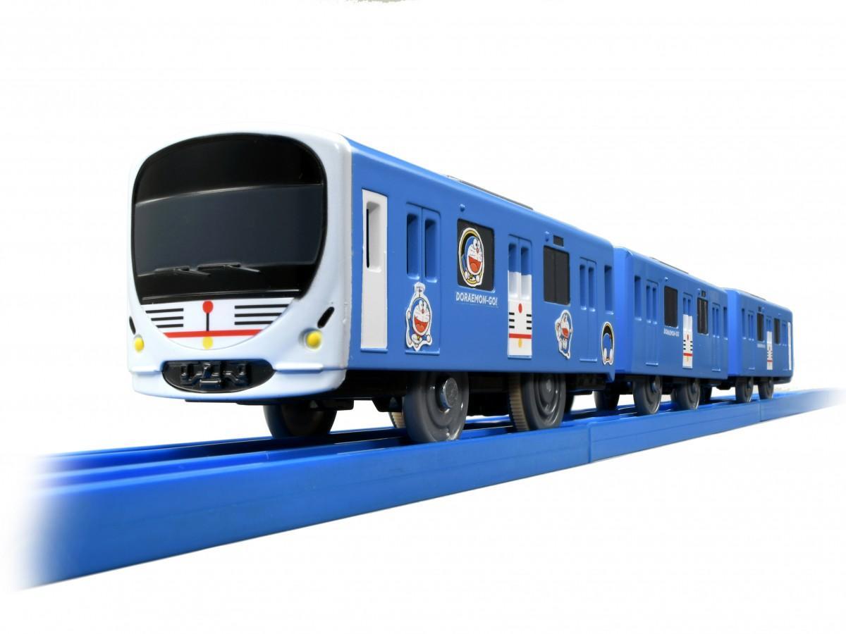 西武鉄道が先行販売するプラレール「SC-03 西武鉄道 DORAEMON-GO!(ドラえもんごう)」(©Fujiko-Pro)