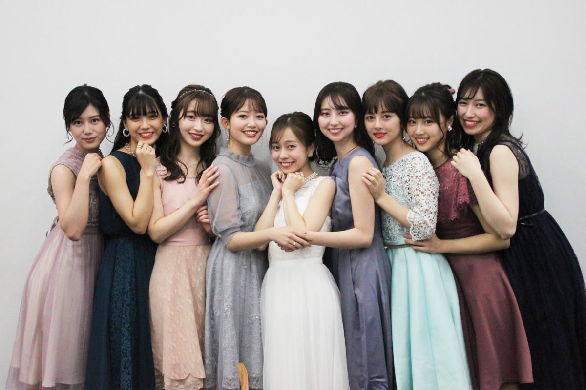 「ワセコレモデル2020」とMC(写真中央)の皆さん(提供:学生団体わせプロ)