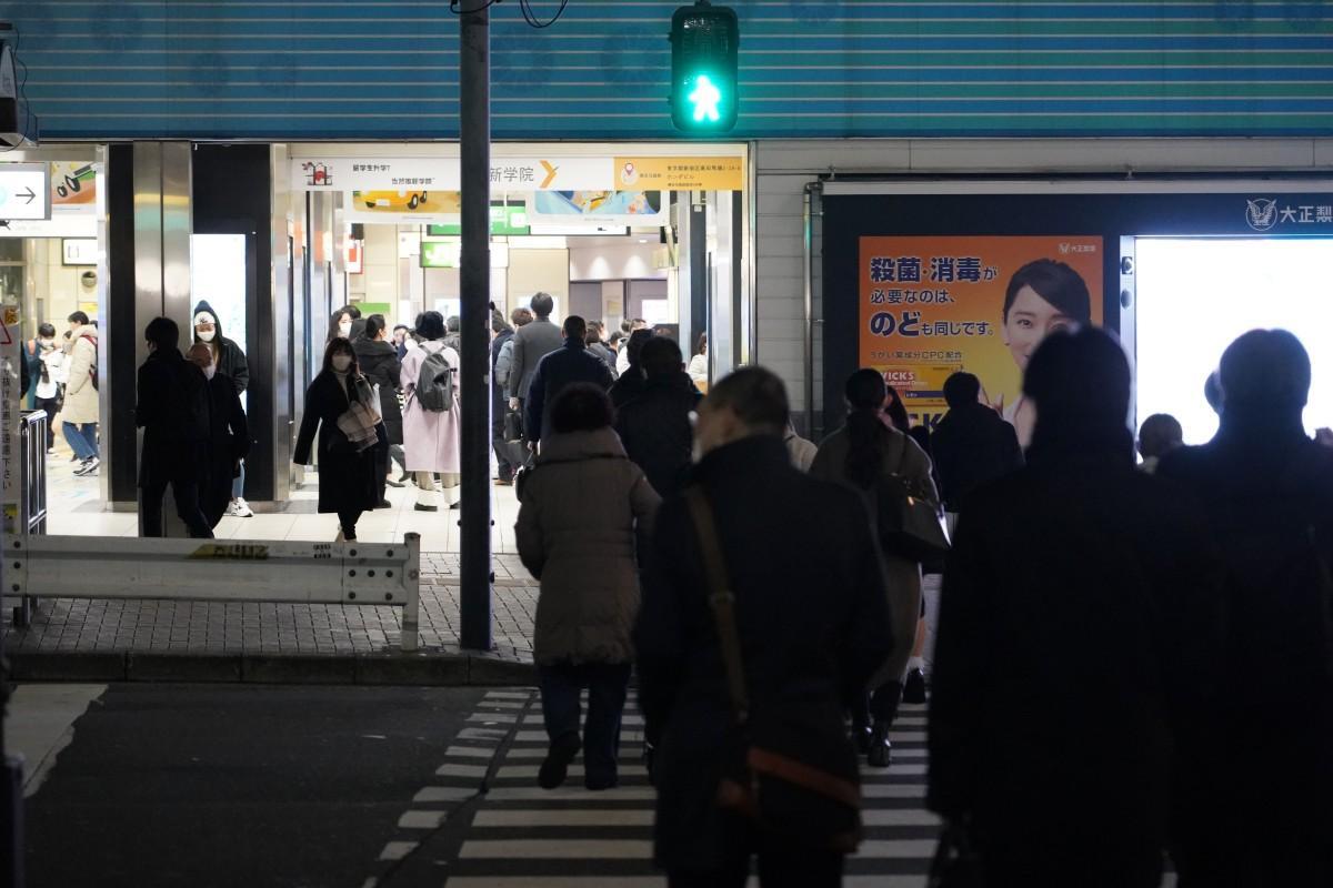 西武新宿線・高田馬場駅前の1月26日の夜の様子