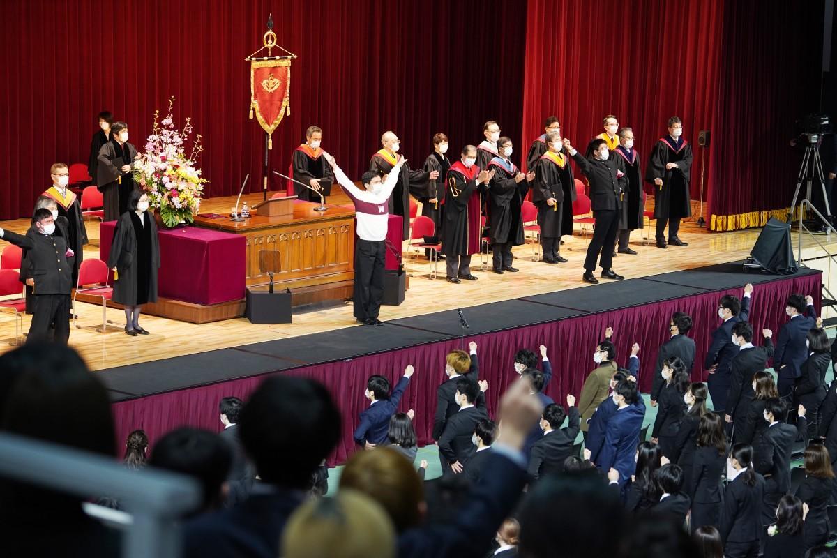 4月3日に早稲田アリーナで行われた新2年生のための入学式の様子