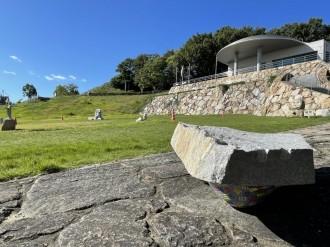 高松・石の民俗資料館で「庵治石」をテーマに2つの企画展