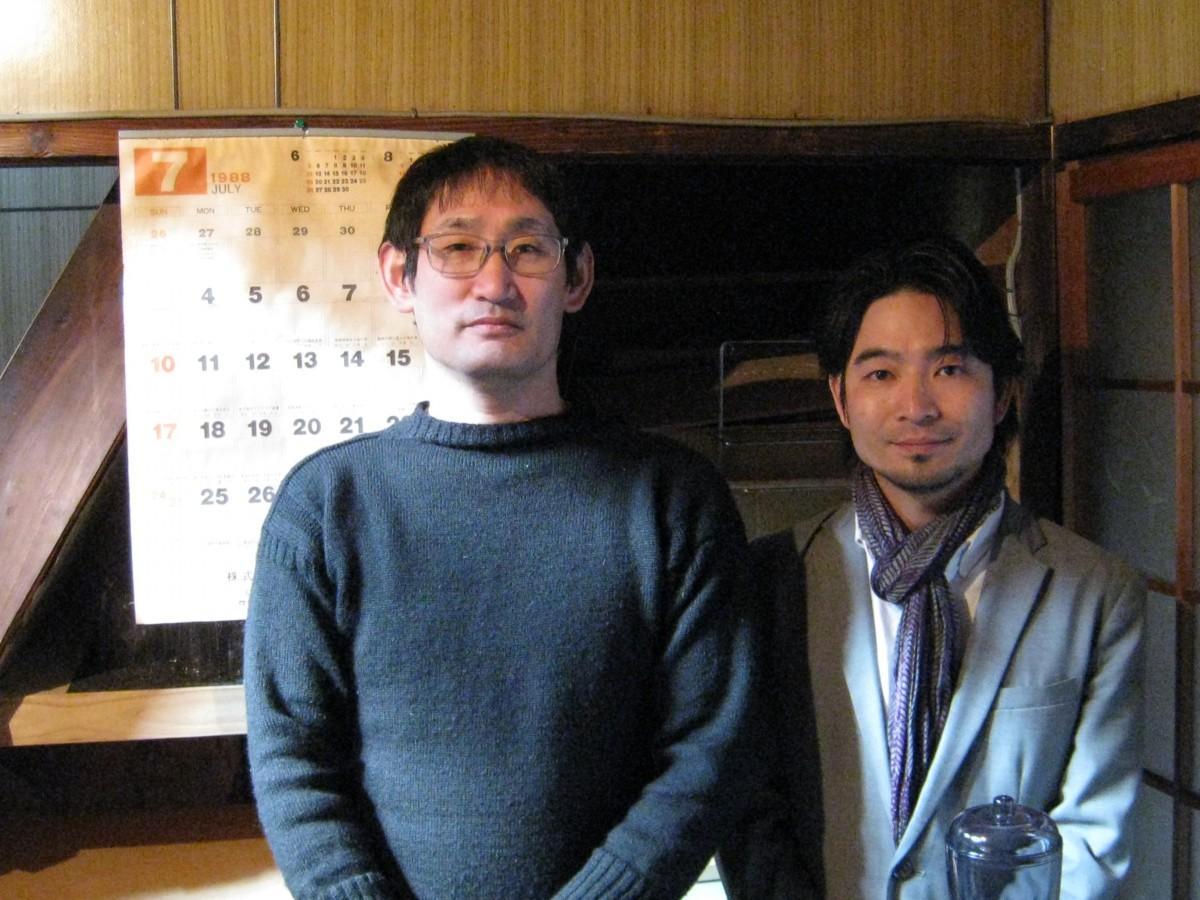水曜日と土曜日担当の福岡智宏さん(左)中村卓さん(右)