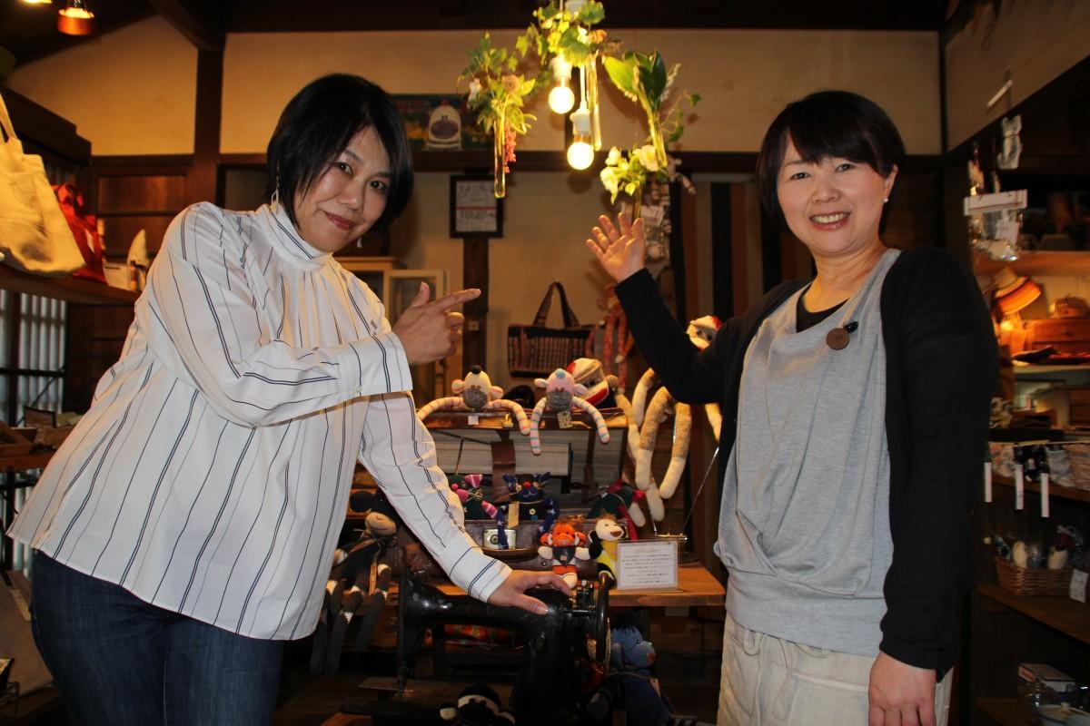 講師の内海さん(左)と「まどいせん」店主の山本さん(右)