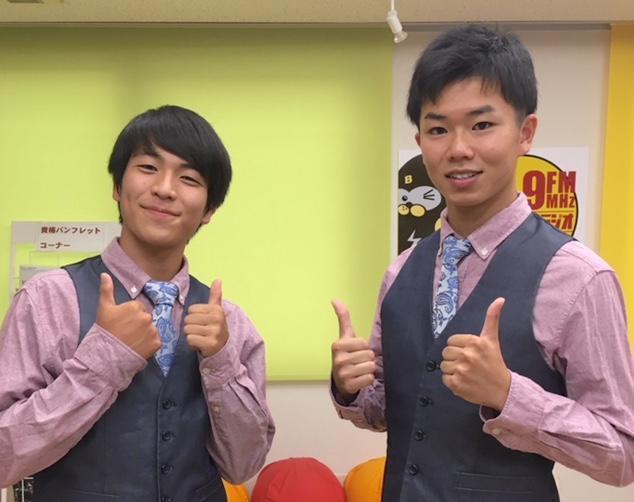 高校生漫才コンビ「アンドロイド」の岡島昇祐さんと岸翔大さん