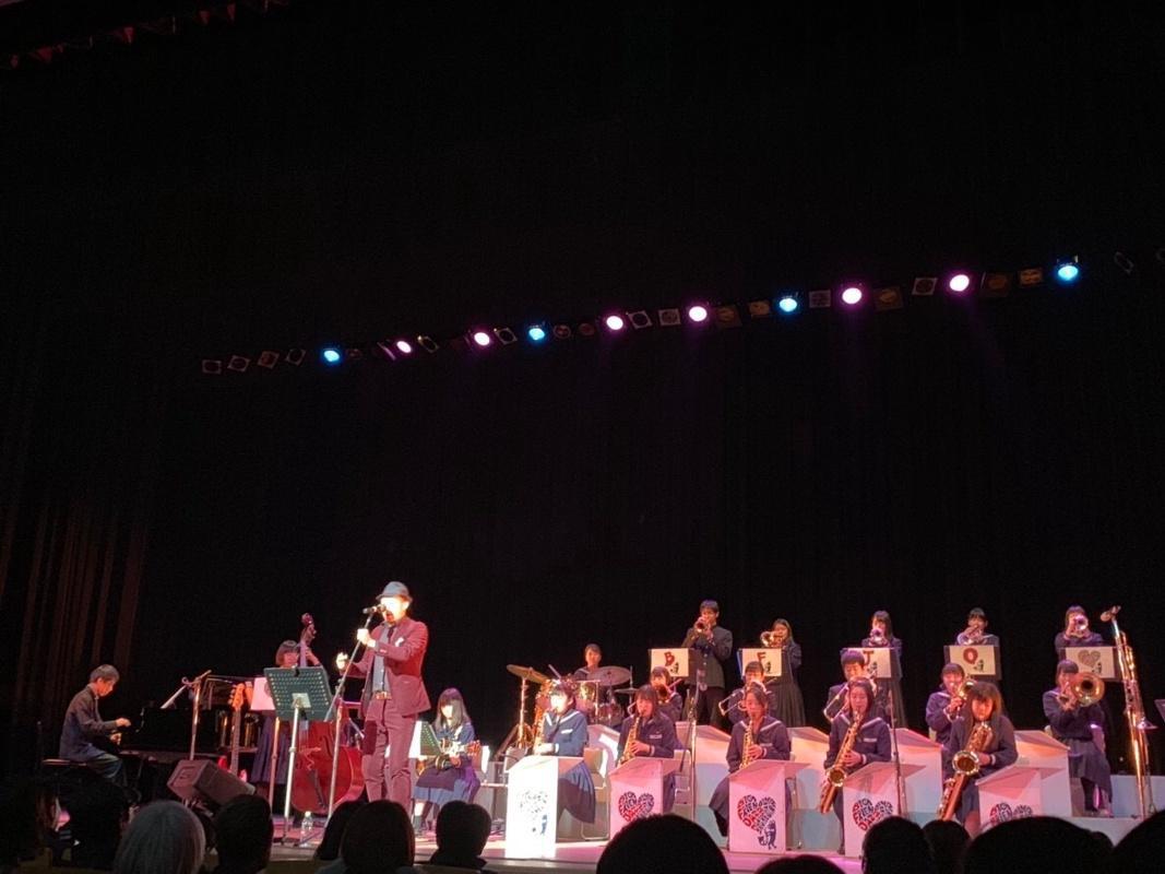 恒例の高砂高校ジャズバンド部とのセッション