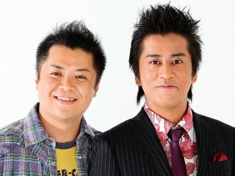 おなじみ「ブラックマヨネーズ」、右が吉田敬さん、左が小杉竜一さん
