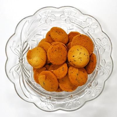米粉クッキーは高崎しょう油を使った「しょう油味」など3種類