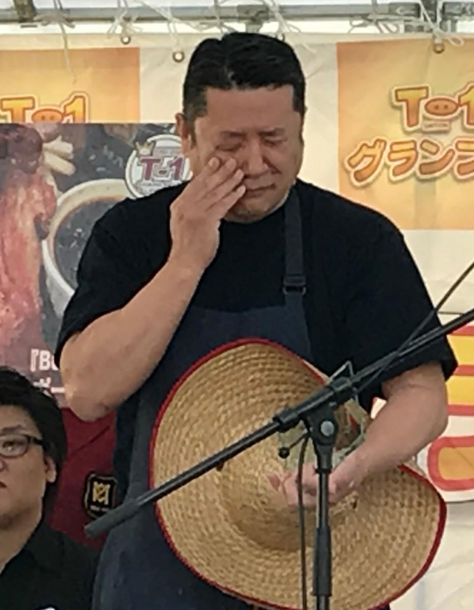 涙が止まらない平松さん