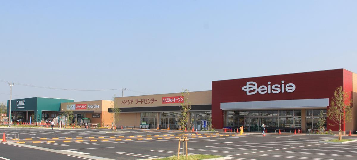 国道50号線小島田交差点西にオープンした「くみまちモールこじまた」