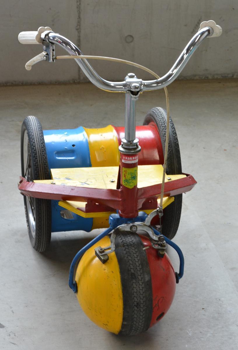 おもしろ自転車の「たまのり自転車」