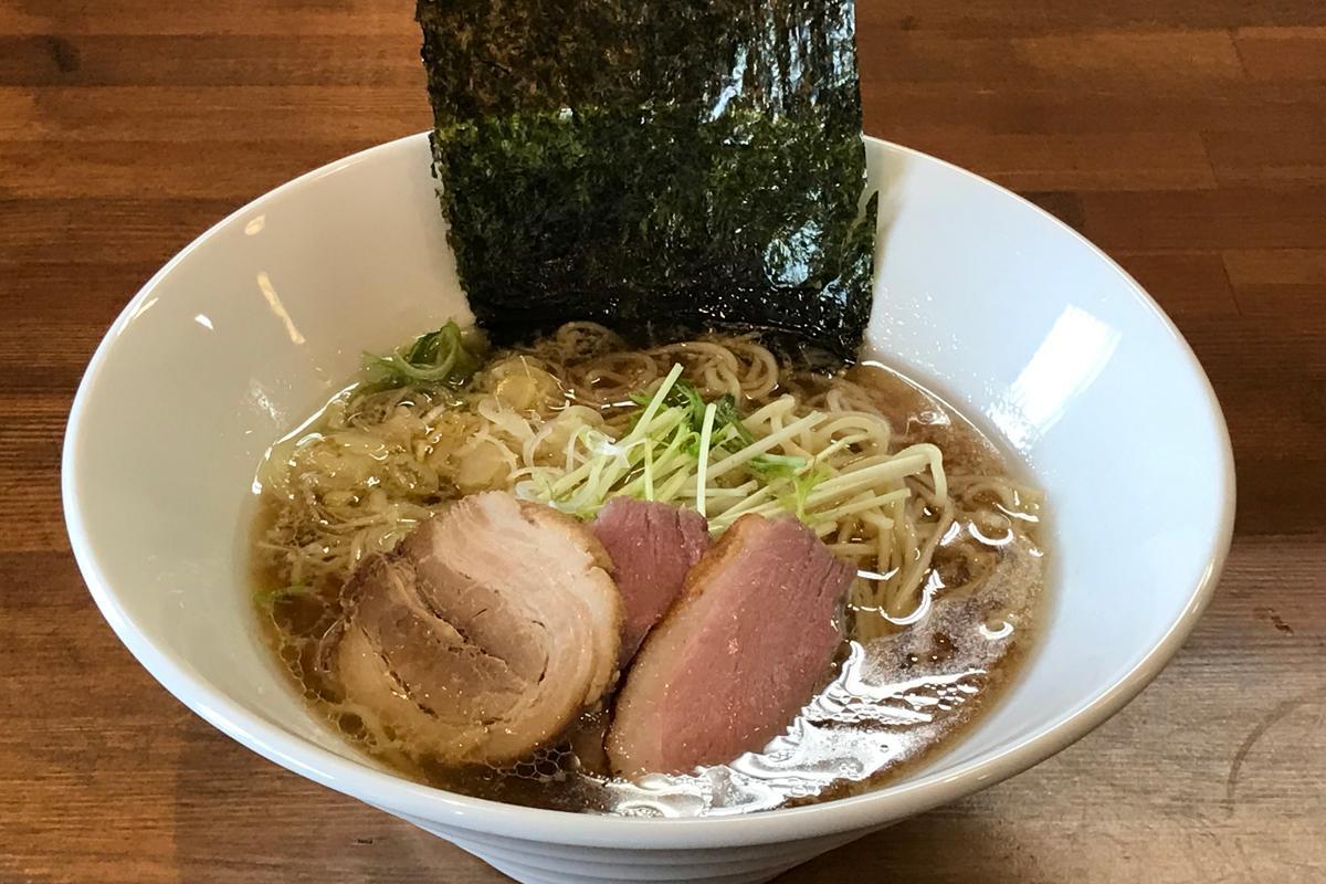「鴨だし醤油ラーメン」(780円)