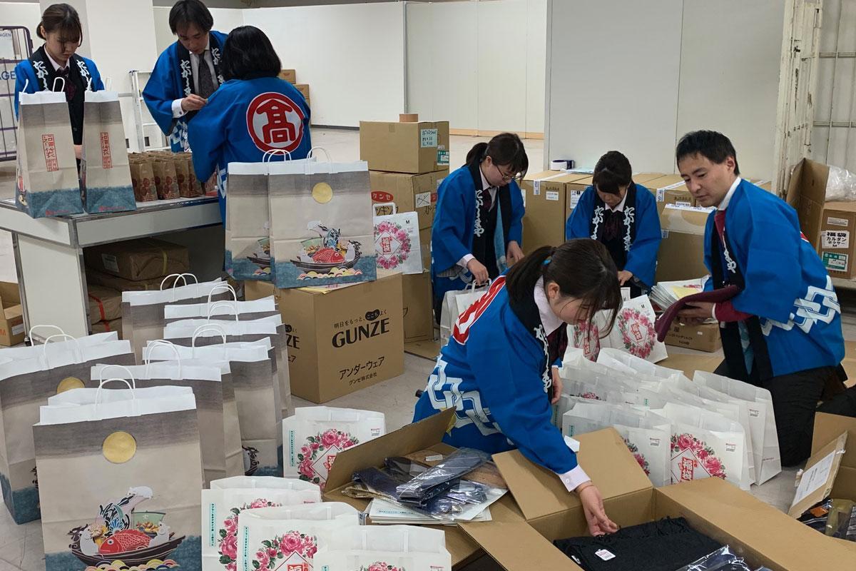 高崎タカシマヤでは12月26日から福袋の準備を始めた