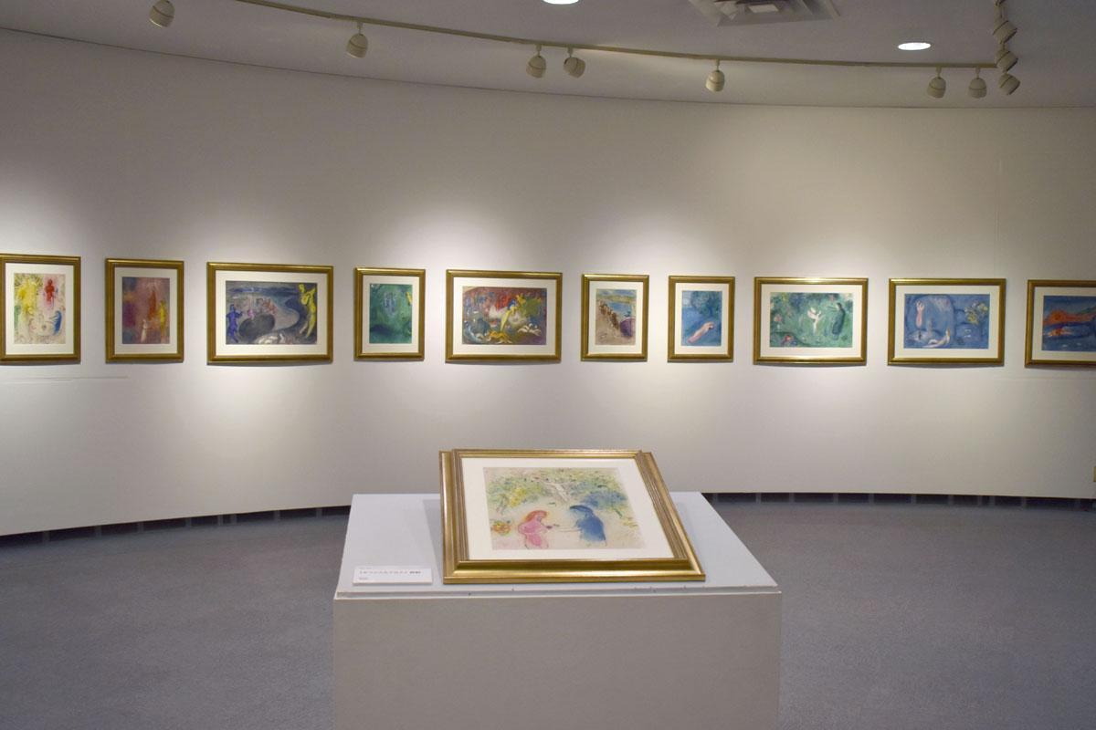 版画集「ダフニスとクロエ」に収録されている作品の展示コーナー