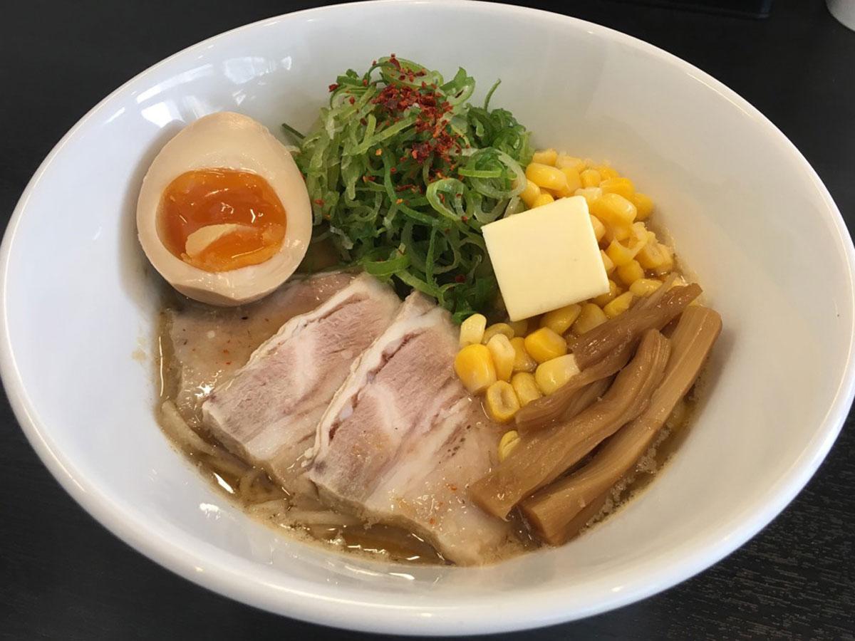 「麺処まるはBEYOND」の「道産子スペシャル」(1,380円)