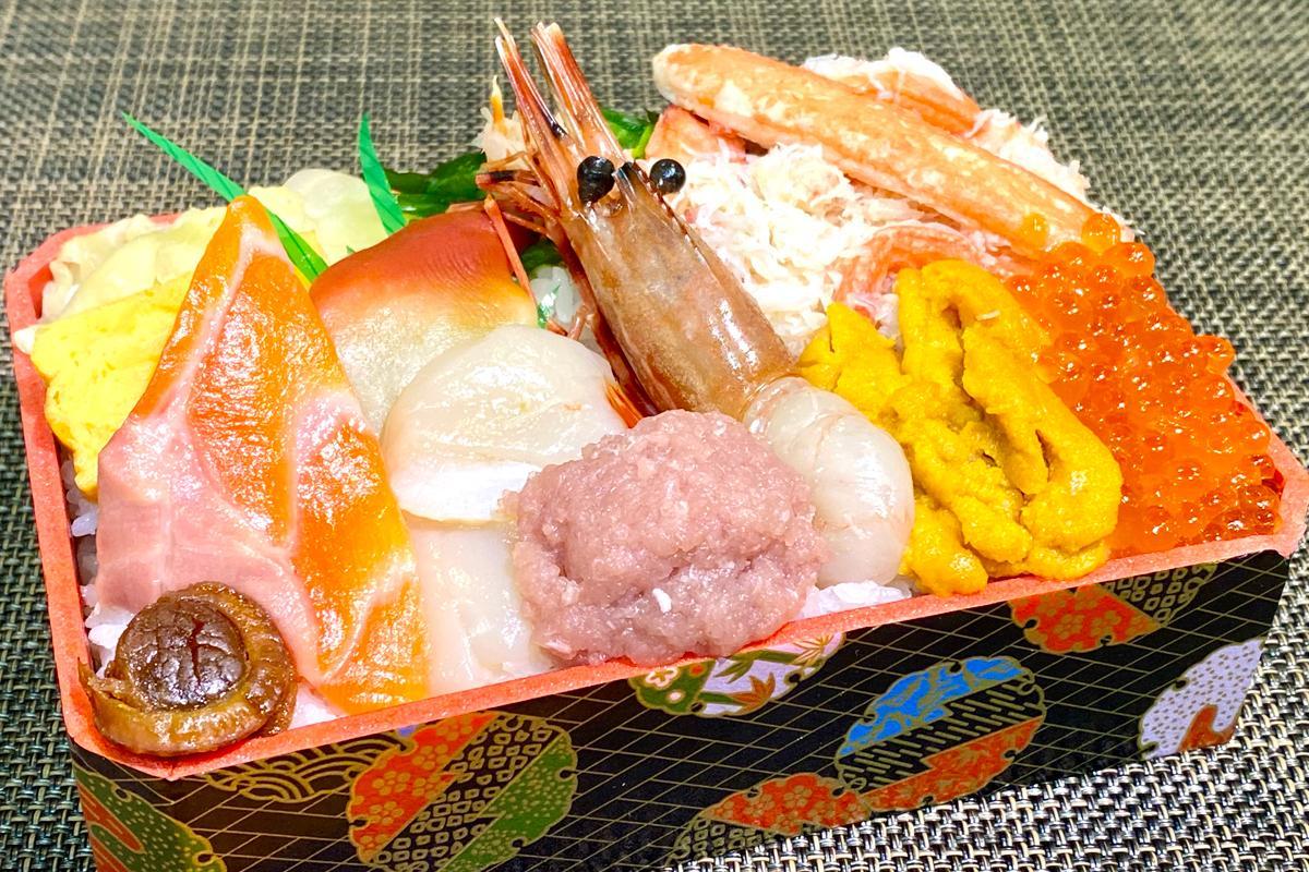「鮨処 森山」(函館市)の「海峡弁当(2,160円)」