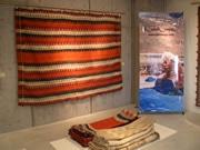 ウィークス、イベントホールで遊牧民の絨毯を展示販売