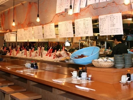 「ろばた焼 磯貝」が6月5日、2号店「磯貝・天神店」を出店