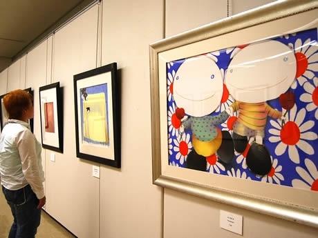 福岡県立美術館で「マッケンジー・ソープの世界展&アベルあーと展」が開催