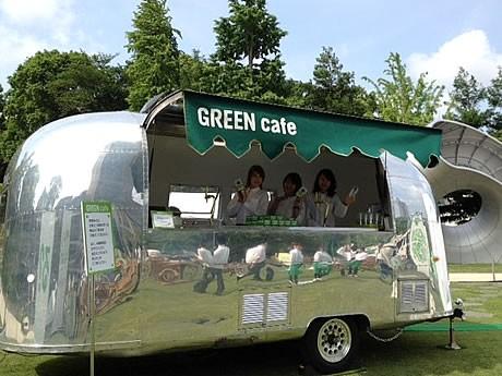 天神に「淡麗グリーンラベル」のCMに登場する「GREEN cafe」が期間限定でオープン(写真は東京会場)