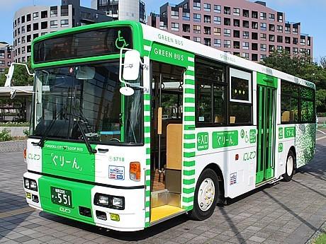 クリスマス仕様の福岡シティループバス「ぐりーん」が期間限定で運行