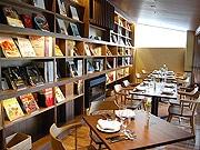 福岡・白金にカフェ「白金茶房」と会員制割烹「白金酒店」がオープン