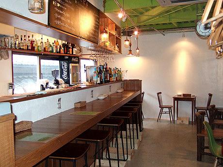 大名に飲食店「博多のバル ポチ」がオープン