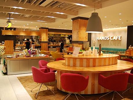 福岡パルコ新館5階にオープンした「ハンズカフェ」