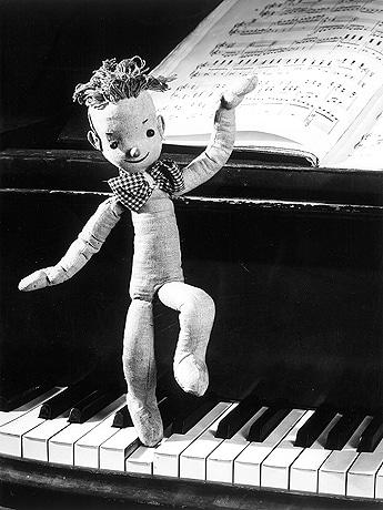 ボジヴォイ・ゼマン/カレル・ゼマン監督『クリスマスの夢』(1945年) provided by National Film Archive