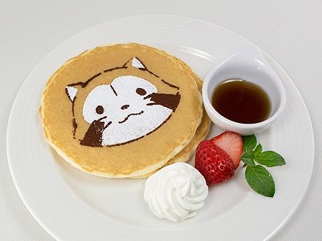 ラスカルを描いたパンケーキなど限定メニューが登場