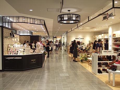 福岡三越の「ラシック福岡天神」で開店1周年記念イベントが開催