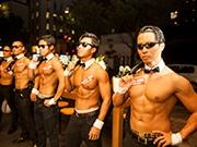 福岡で「筋肉紳士」による「マッスルカフェ」 浴衣で特典も