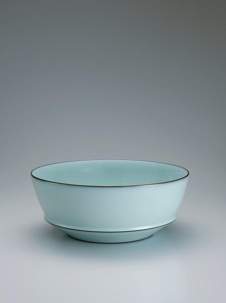 福島善三さんの作品「中野月白瓷鉢」