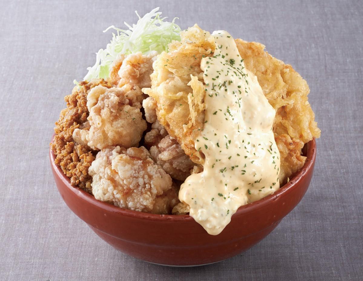 天神のソラリアステージで「メガ盛りフェア」 鶏丼や海鮮丼、あまおうパフェも