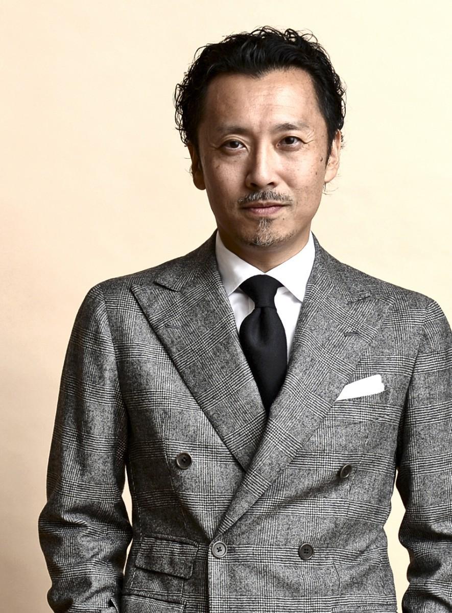 ファッションジャーナリストとして活動する矢部克已さん