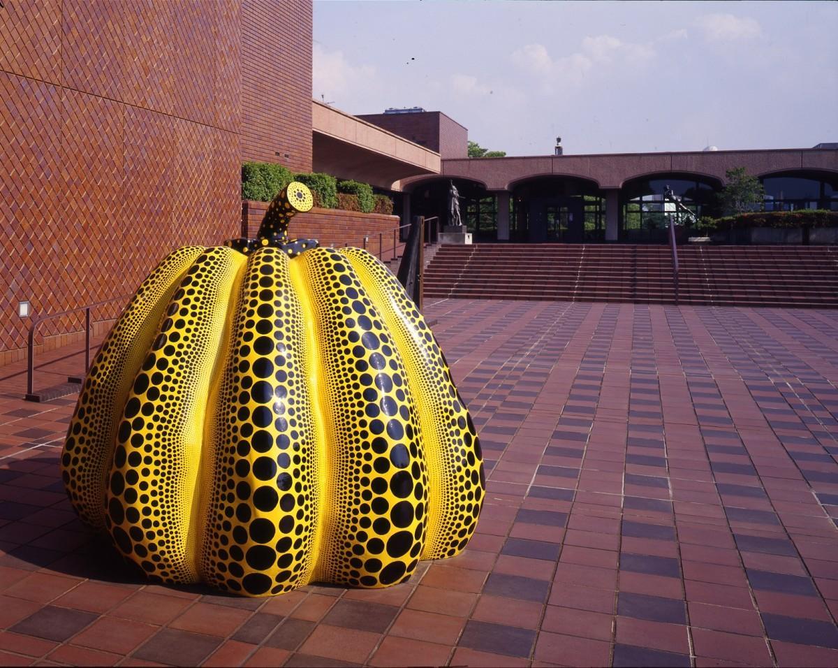 草間彌生《南瓜》1994年,福岡市美術館蔵