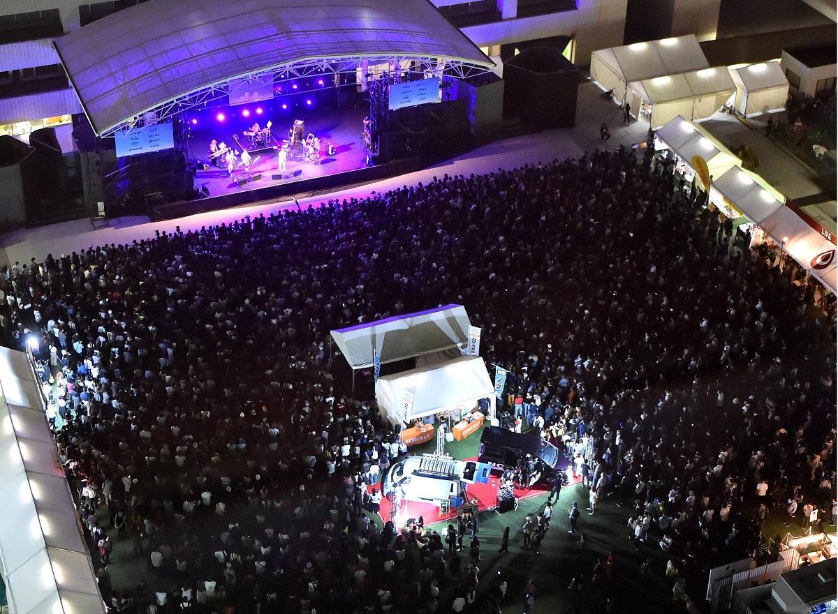 天神各所で「ミュージックシティ天神」開催(昨年の様子)