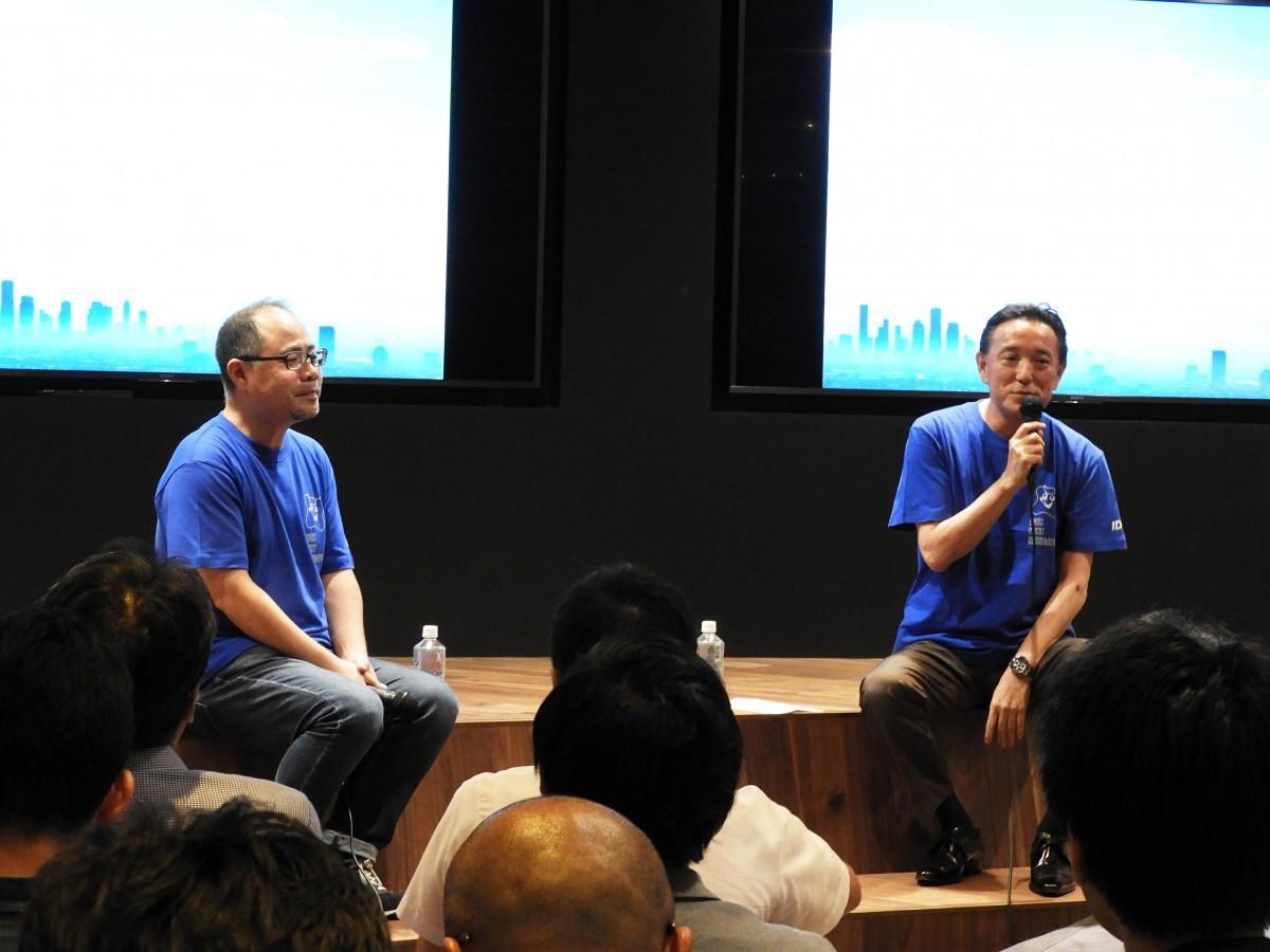 新出光社長兼グループCEOの出光泰典さん(右)とStartupGoGo代表理事の岸原稔泰さん