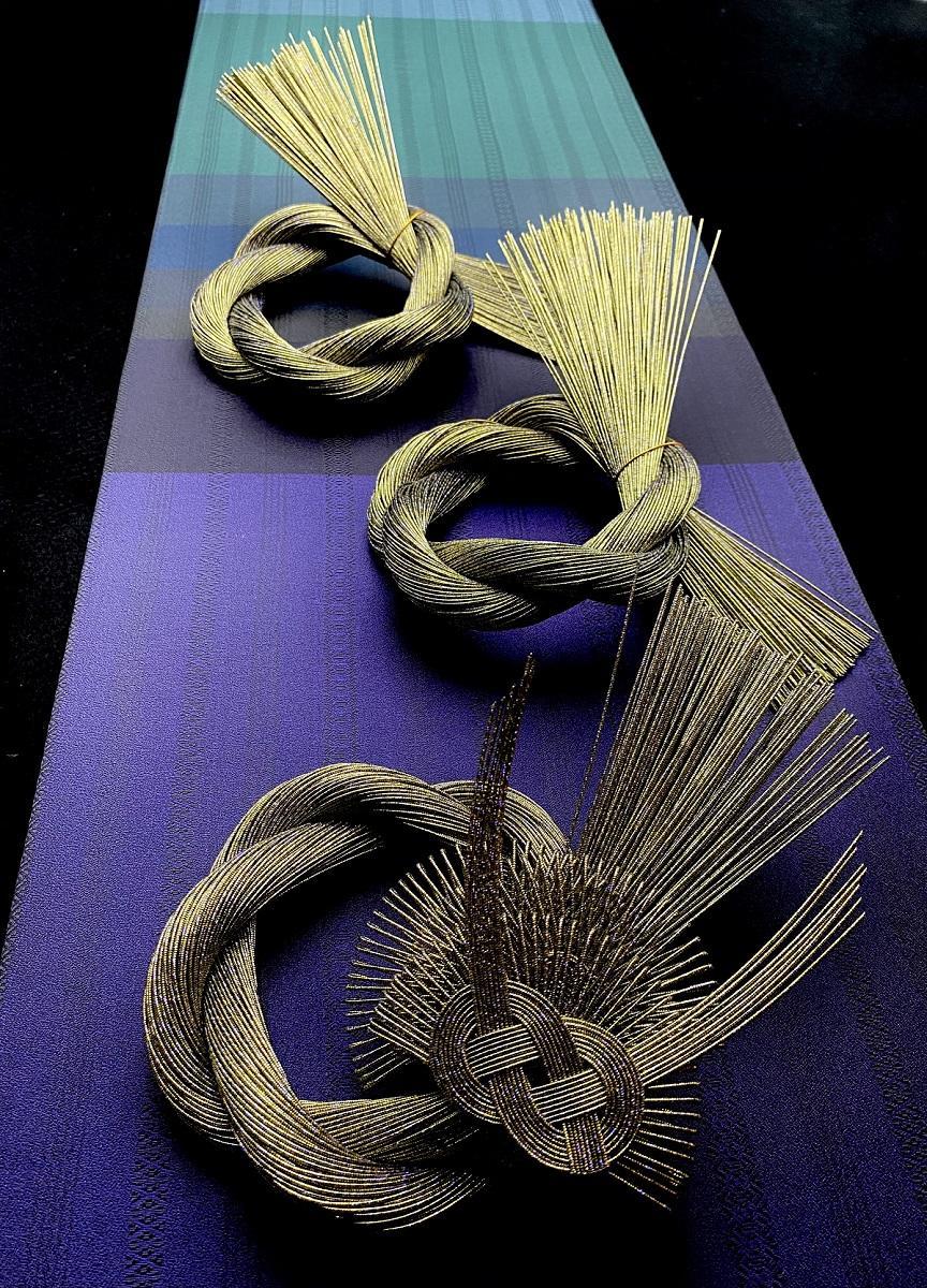 水引飾りと博多織のマグネットボード