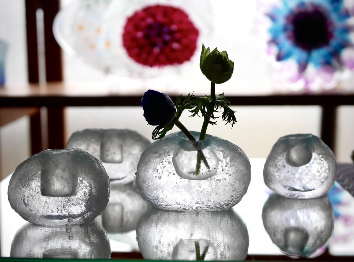 ガラスアート作家 島崎弥佳子さん作 花瓶(ガラスアート ひとつぶの空)