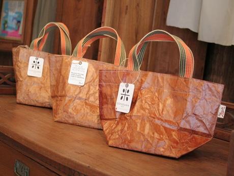 マザーズラージサイズ、柿渋仕上げのコンドワバッグ