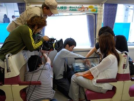 東京モノレール車内でのドラマ撮影風景