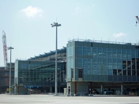 羽田空港で建設が進む新国際線ターミナル(2009年9月撮影)